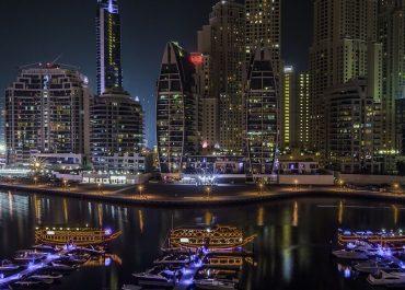 Expatriates' United Arab Emirates health insurance and regulations