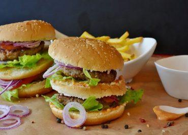 Los alimentos con bajo valor nutricional aumentan las probabilidades de padecer cáncer